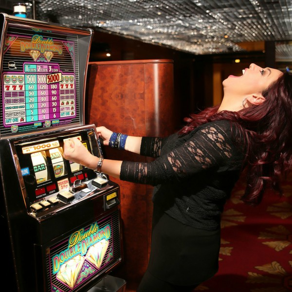 Women In Gambling – Does The Stereotype Fit?