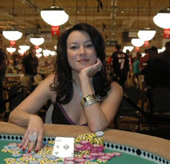 Jennifer Tilly Gambling